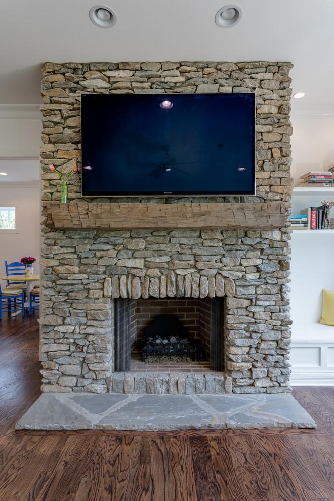 Home design - craftsman home design idea in Other