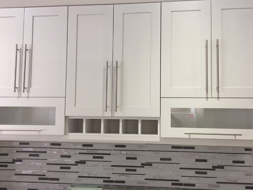 What I Want To Do Is Make All The Cabinet Pulls Horizontal. Placement. Is  On The Bottom Edge. 27 Inch Cabinet Gets An 18 Cabinet Pull