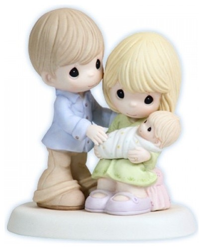 Precious Moments Mom Dad Baby Figurine In Our Hearts From