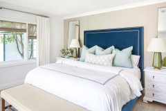 Houzz Tour: Fresh Color and More Space for a 1942 Cottage