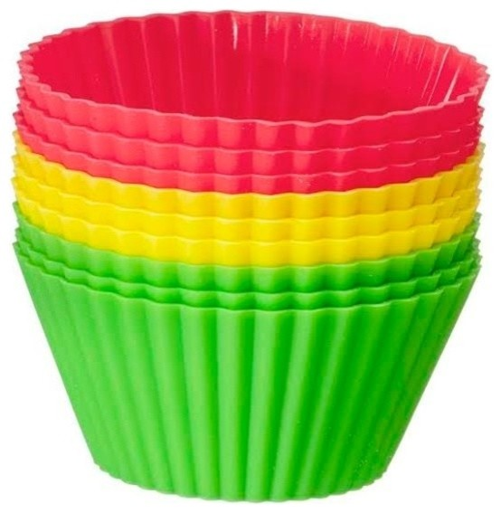 Red Light, Green Light Silicone Baking Cups, Set Of 18.