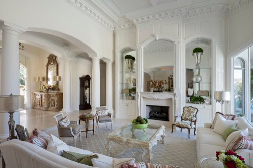 Example of a classic home design design in Phoenix