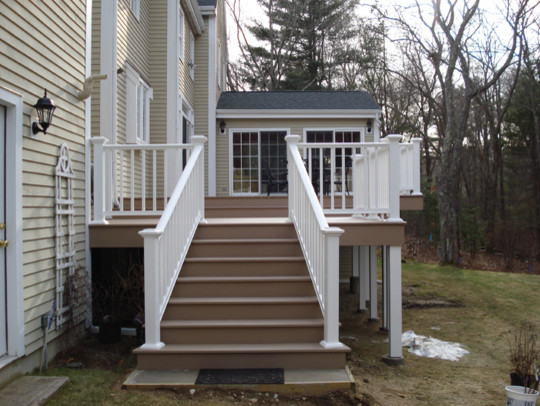 Azek Composite Deck In Brownstone And Railings In White