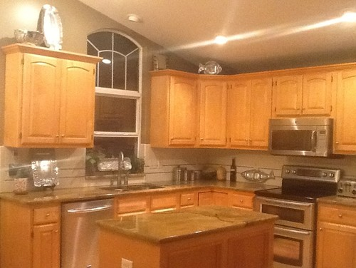Decorating Above Kitchen Cabinets - Where to put things in kitchen cabinets