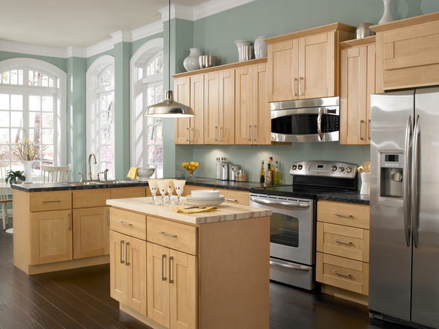 Kitchen Designs With Maple Cabinets Best Findley & Myers Soho Maple Kitchen Cabinets  Other Cabinets . Design Ideas