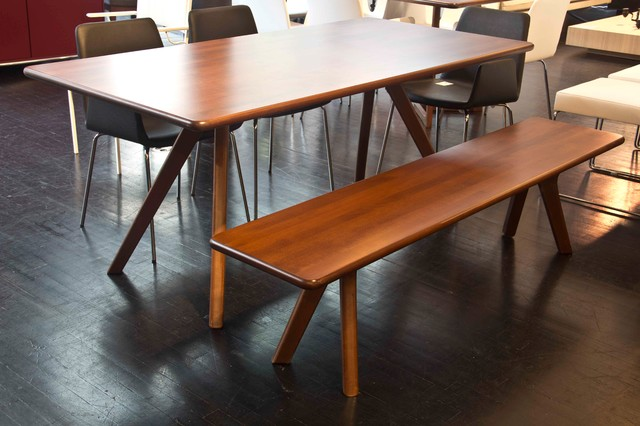 Metropolitandecor Nuans Charles Dining Table And Bench