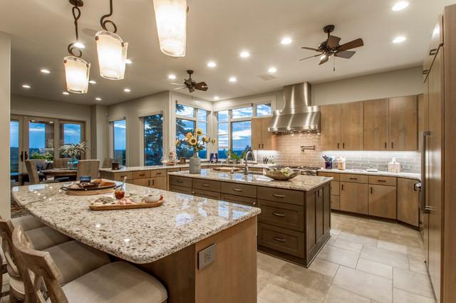 Trendy home design photo in Little Rock