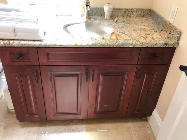 Bathroom - 1950s bathroom idea in Orange County