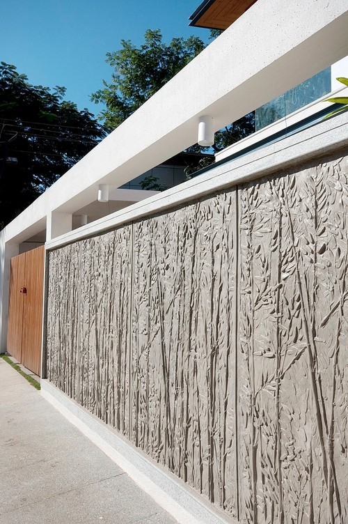 6 Perfect Materials For Beautiful Compound Wall Designs