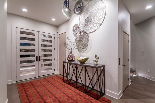 Home design - contemporary home design idea in Little Rock