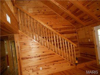 Interior log cabin stain colors How to stain log cabin