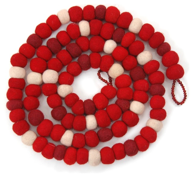 Felt Ball Christmas Garland In Red.