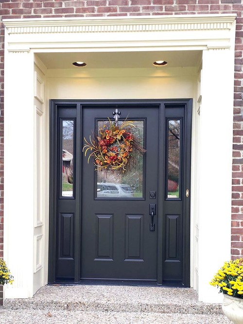 Here is an ex&le of a darker door with a darker handle....I like this too. & Dark hardware for dark front door?