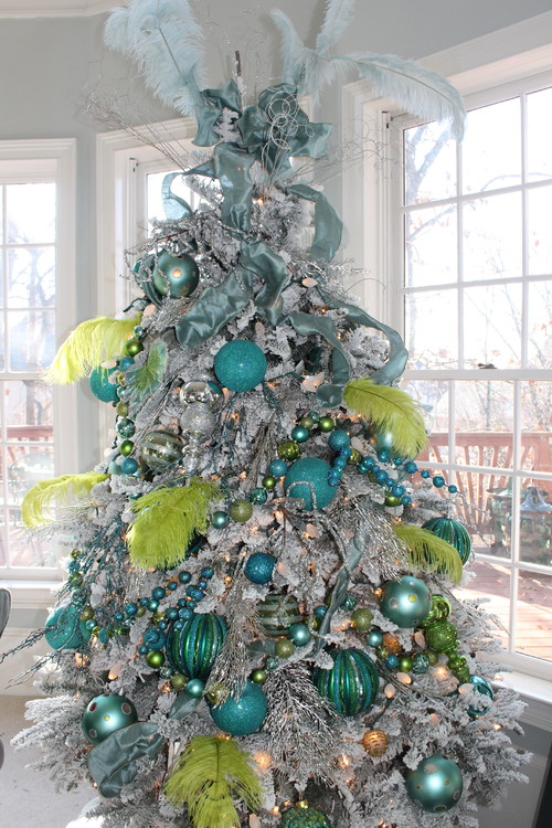 how to decorate a peacock themed christmas tree - Lime Green Christmas Tree Decorations