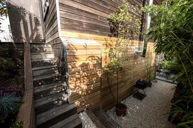 maison en bois terrasse en espalier contemporain lyon par fables de murs. Black Bedroom Furniture Sets. Home Design Ideas