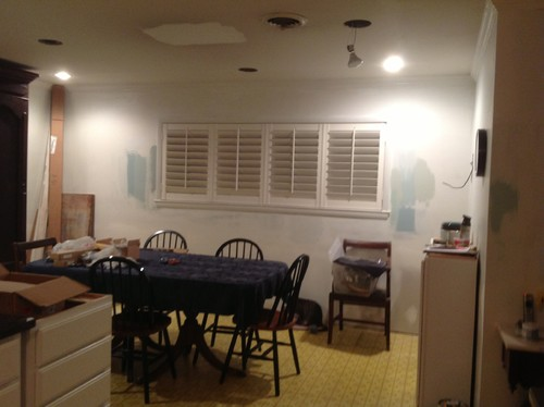 The Center Of That Window Or Should It Be In And Not Centered Over Dining Table I Just Stick With 4 Cans No Chandelier