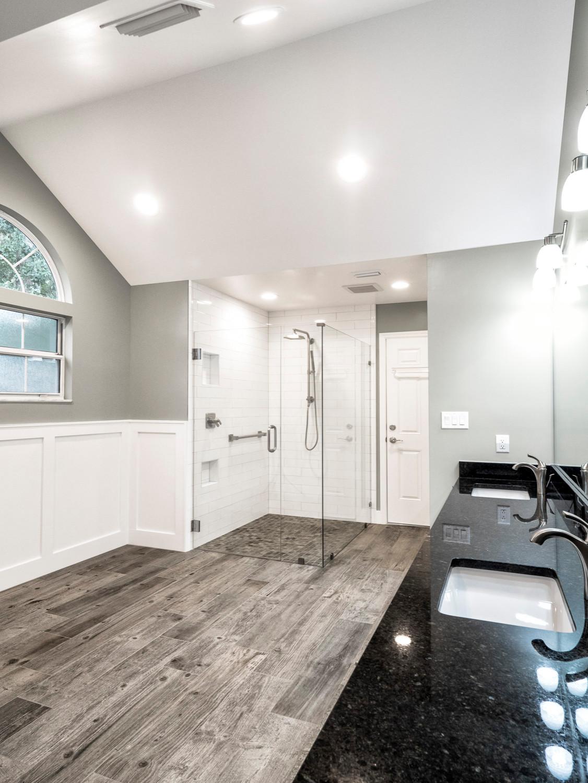 Royal Oaks Master Bathroom Renovation