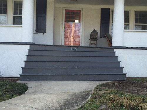 Front Steps To Porch And Walkway   Brick? Bluestone?