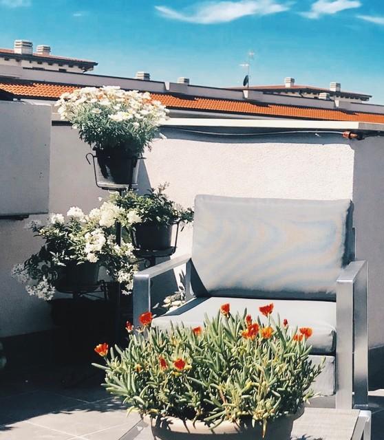 Foto di terrazze e balconi moderni
