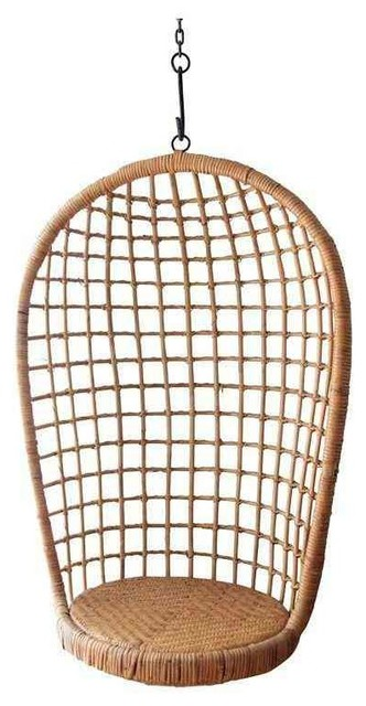 Charmant Vintage Rattan Hanging Chair