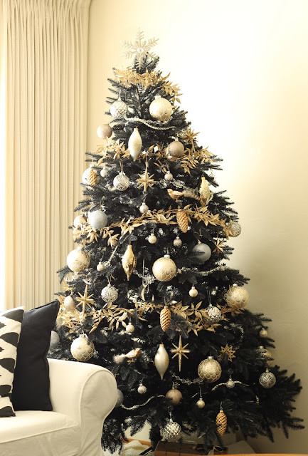 Black Christmas Ornaments.How To Decorate A Black Christmas Tree