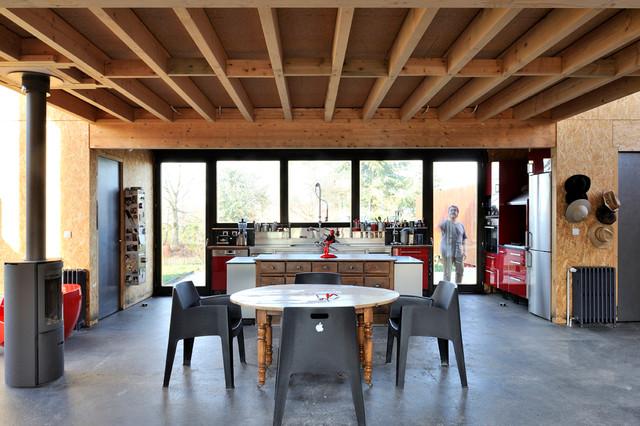 Maison atelier d 39 artiste industriel lyon par frenchie cristogatin photographe d 39 architecture - Cuisine atelier artiste ...