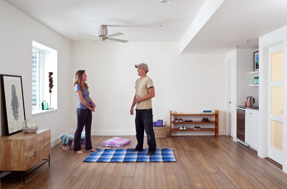 Home design - transitional home design idea in Denver
