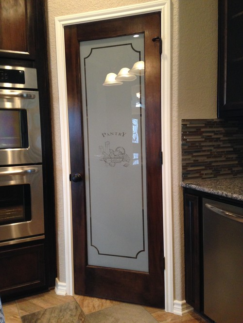 what color stain on pantry door