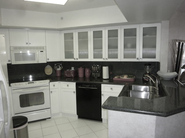 kitchen cabinets shaker style white white shaker style kitchen cabinets contemporary miami 21179