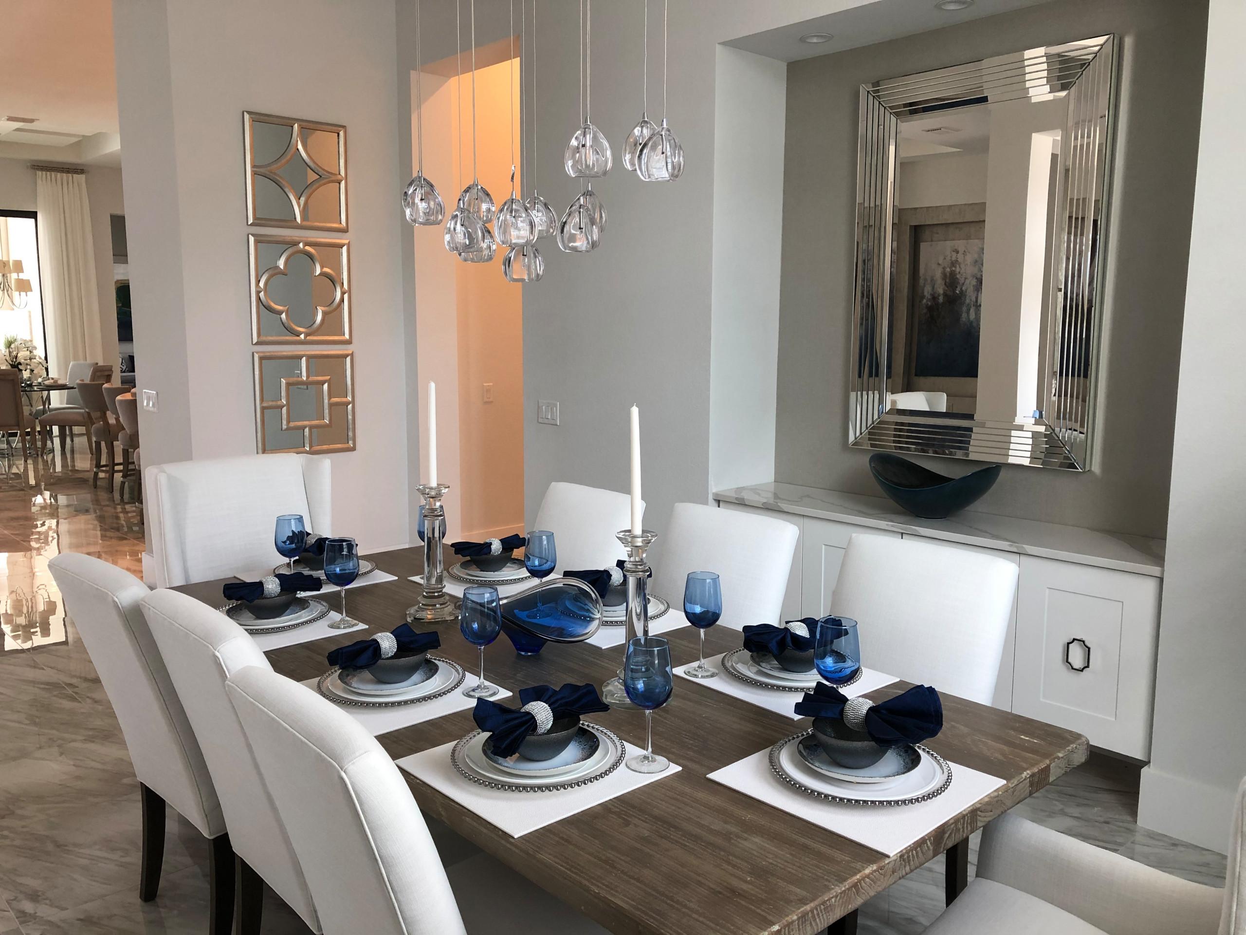 Luxury Living in Naples