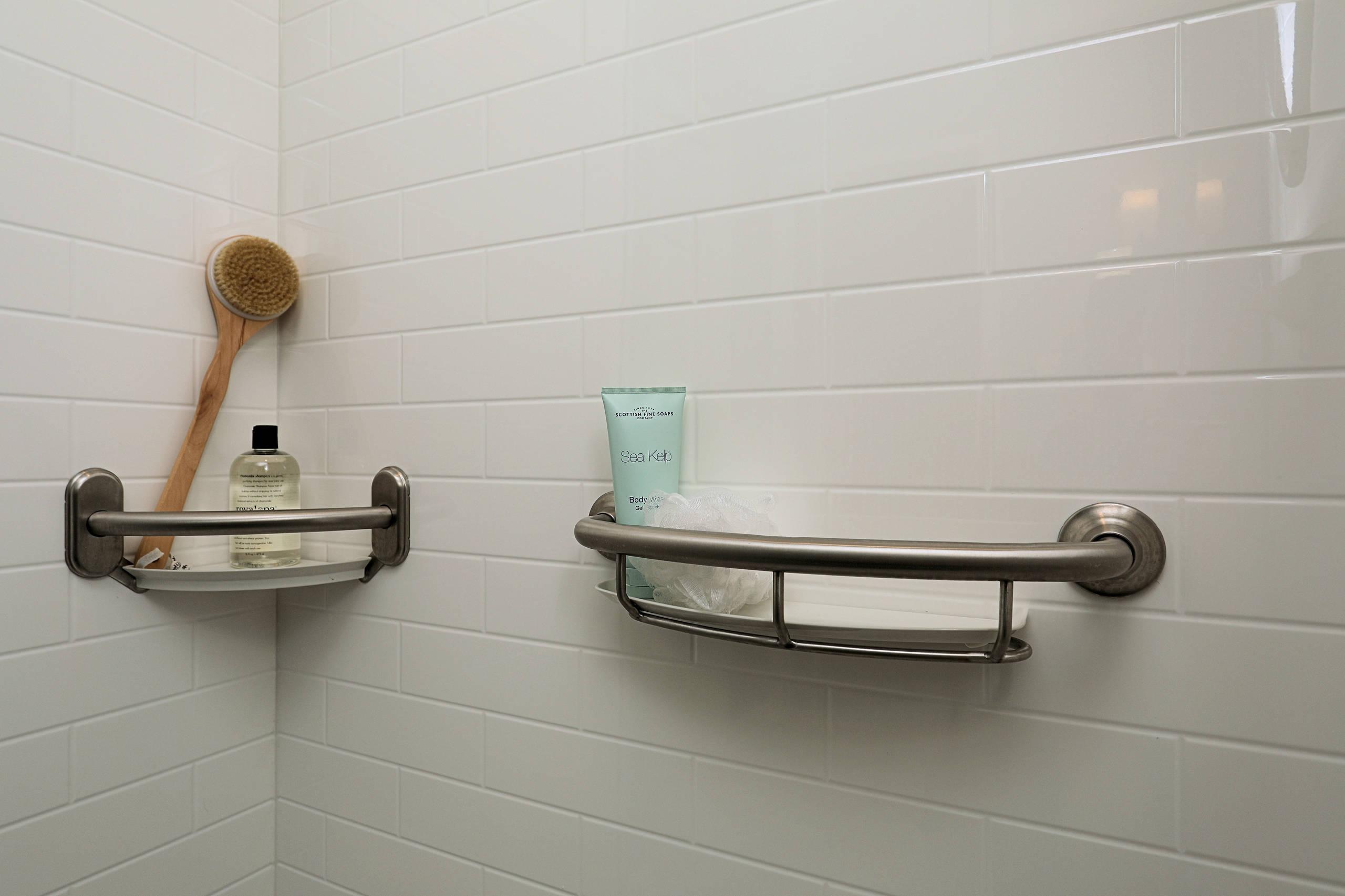 Wyntre Brooke Master Bath - Grab bars/Shower Caddies