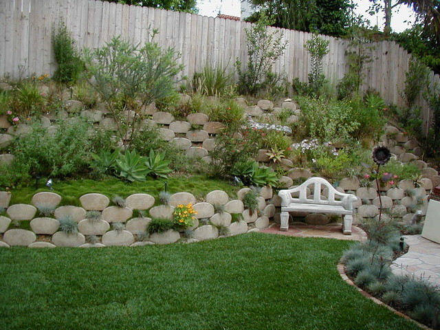 Kid Friendly Waterwise Backyard Slope