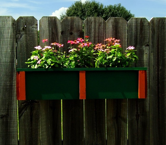 Neat Little Project A Wooden Planter To Hang Anywhere
