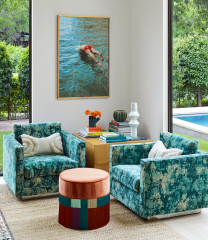 USA Houzz Tour: A Chic Texas Party House for Football Fans