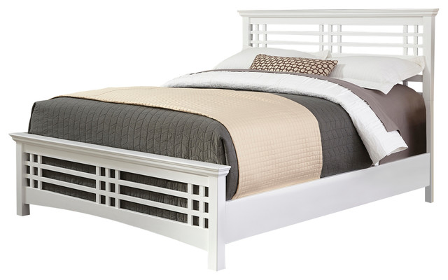 Everglade White Wooden Bed, King.