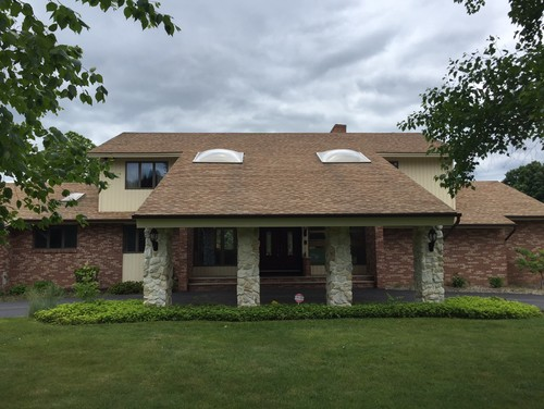 Exterior paint scheme to update 80s contemporary for Updating 80s contemporary home exterior