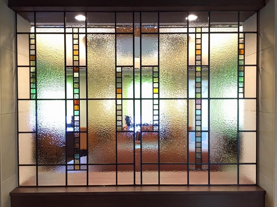名古屋ビーズホテル 2階ラウンジステンドガラス