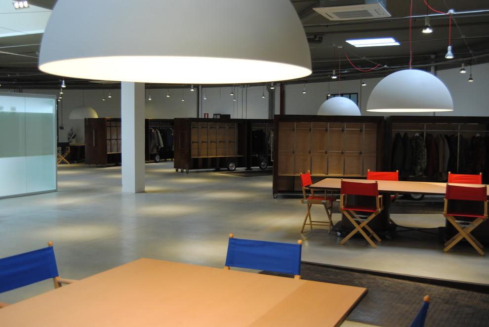 Vista area show room