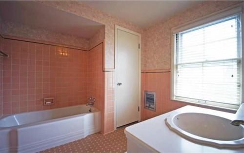 1950s Pink Bathroom Meets 2015