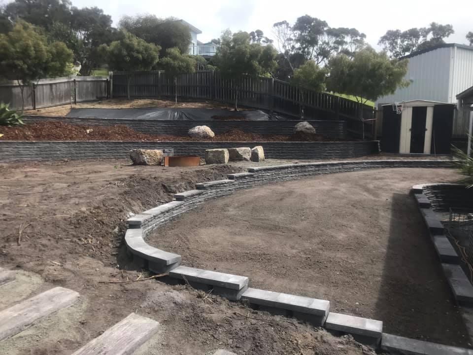 Binalong Bay - Retaining Walls
