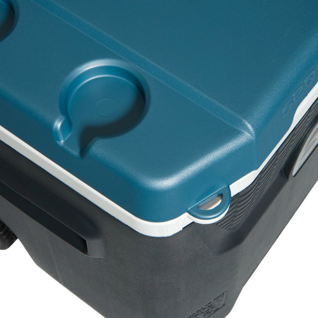 Igloo 34067 Maxcold Quantum Wheeled Cooler With Triple Snap, 52 Qt..