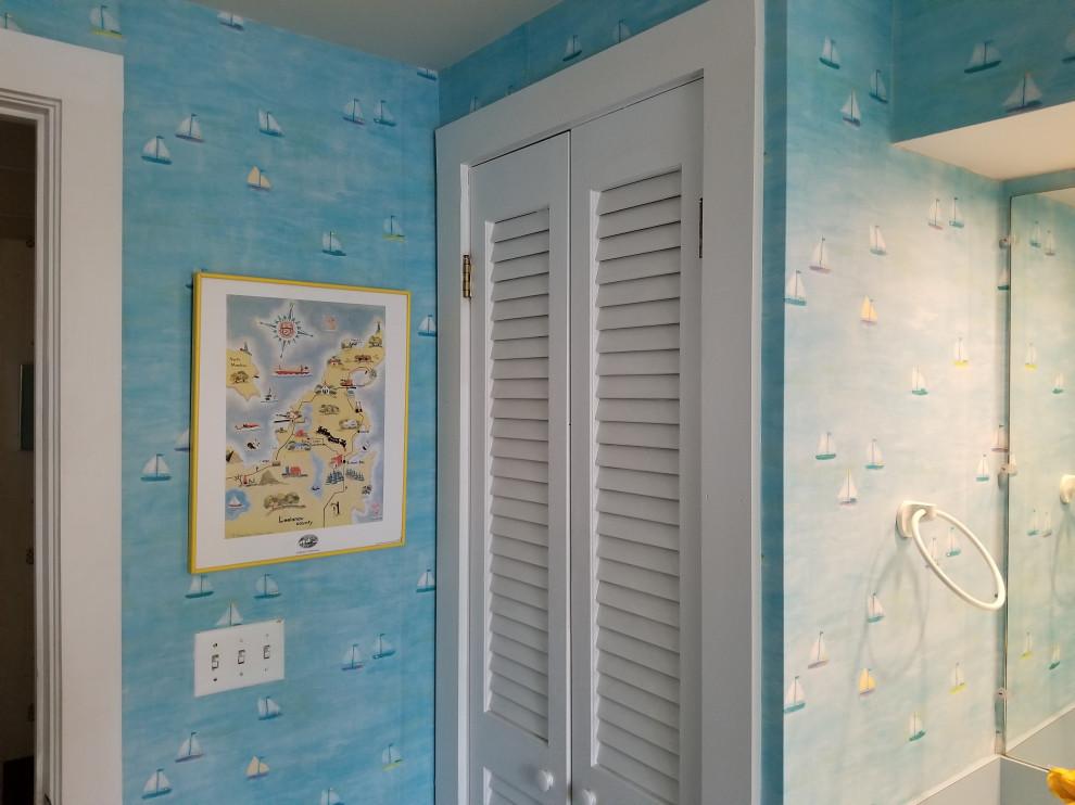 Northport Guest Bathroom Wallpaper Application May 2018