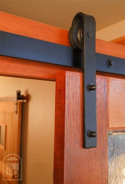 Hammered flat track sliding barn door hardware for Real carriage hardware