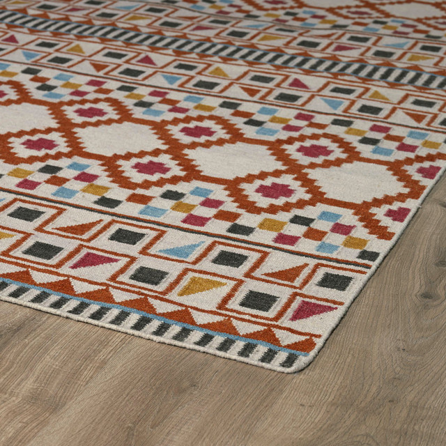 Kaleen Nomad Collection Rug, 5&x27;x8&x27;.