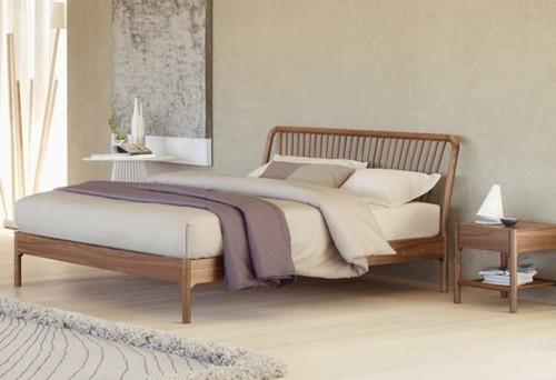 von welcher firma ist dieses bett. Black Bedroom Furniture Sets. Home Design Ideas