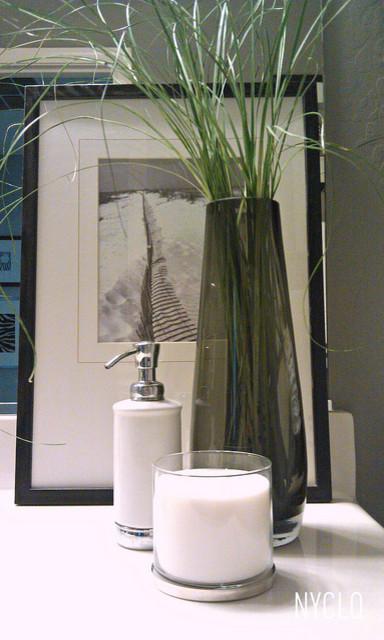 RENTAL ReSTYLE Small Bath Makeover Modern Phoenix