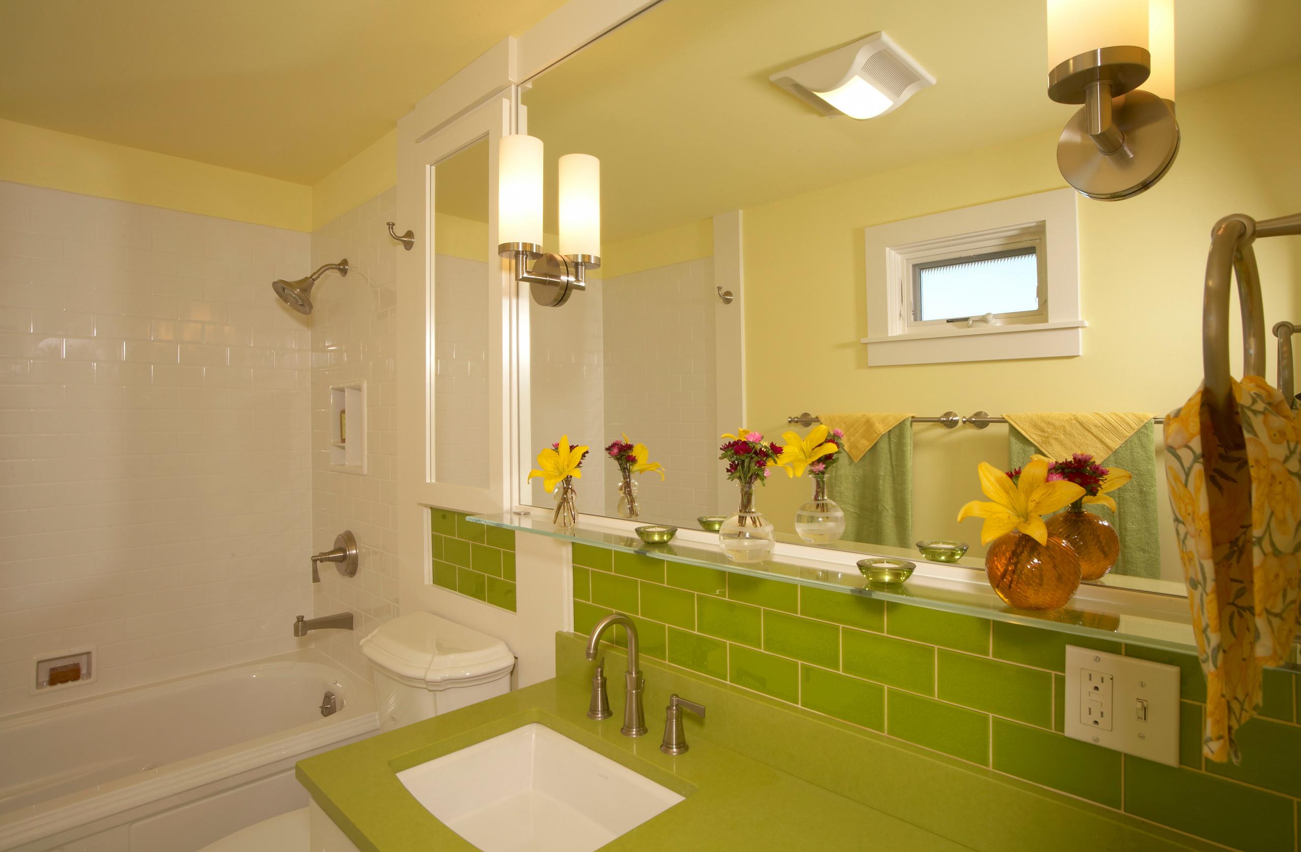 West Seattle Craftsman Kitchen and Bathroom - Home Birth Year 1907