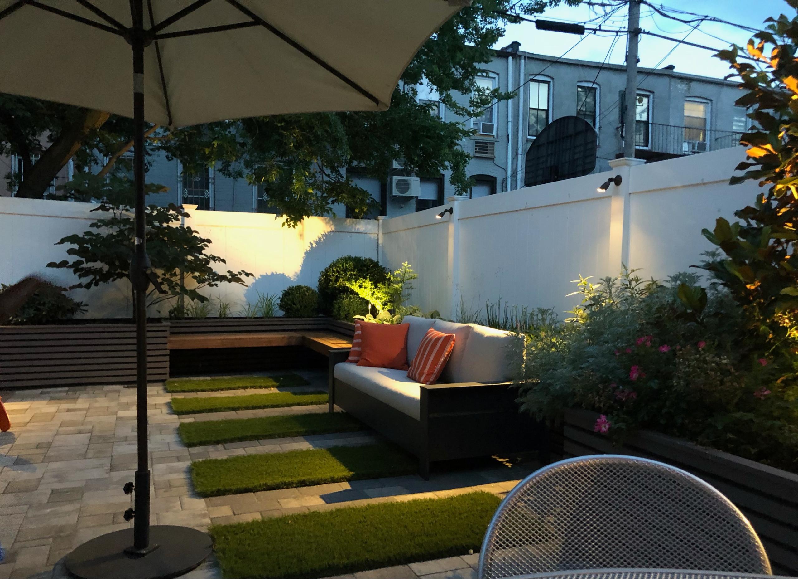 Brooklyn Windsor Terrace Large backyard