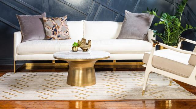 Marilyn Monroe White/Gold Trellis Glam Area Rug, 8'x10'