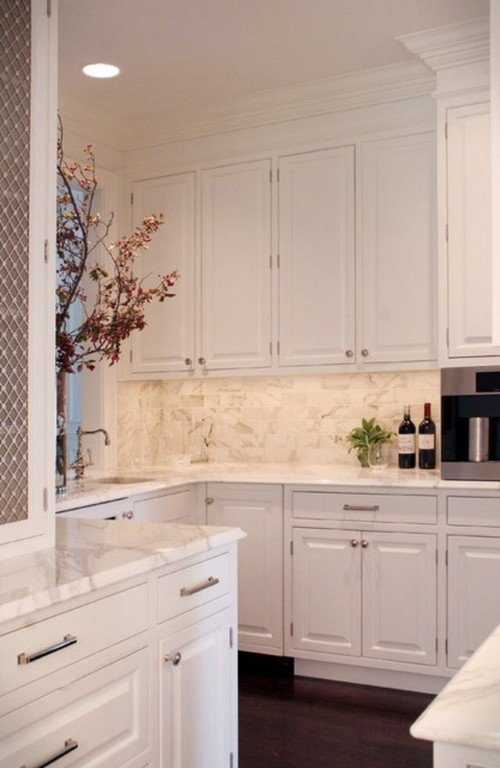 Cabinets moulding that goes to 9 ft ceiling for Kitchen design 9 foot ceilings